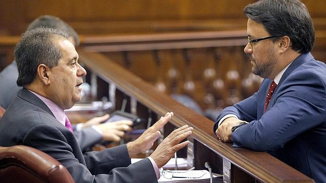 José Luis Perestelo con Asier Antona