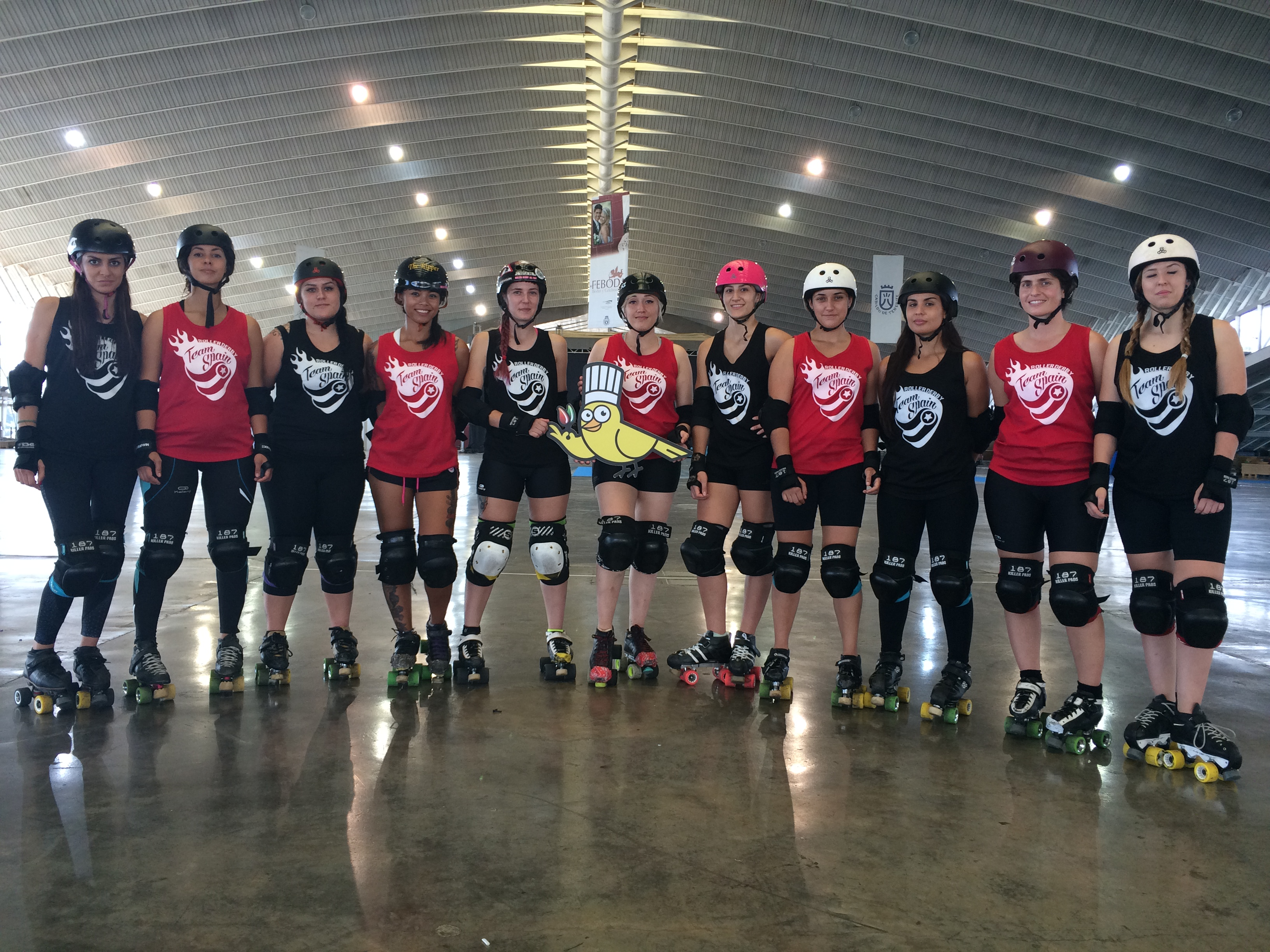 TEAM SPAIN ROLLER DERBY 1 EN RECINTO FERIAL