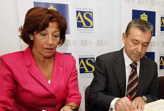 FOTO 2.- Inés Rojas de León con Paulino Rivero