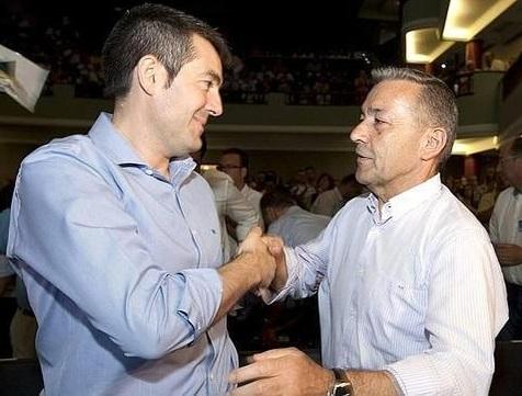 FOTO 1.- Fernando Clavijo y Paulino Rivero