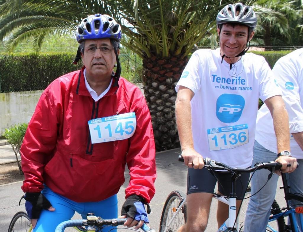 FOTO 6.- Antonio Alarcó con Guillermo Díaz