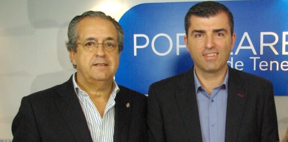 FOTO 1.- Manuel Domínguez con Antonio Alarcó
