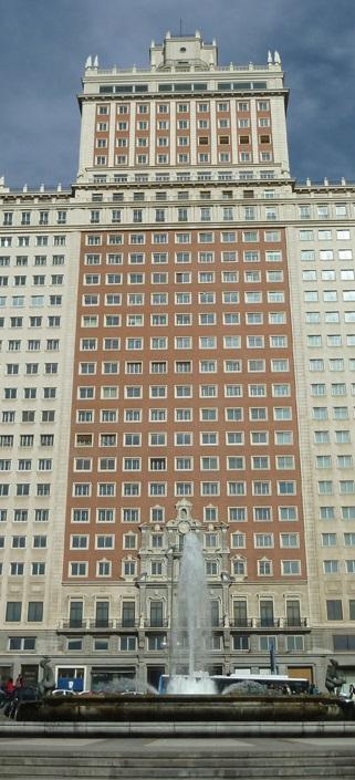 FOTO 3.- Edificio España