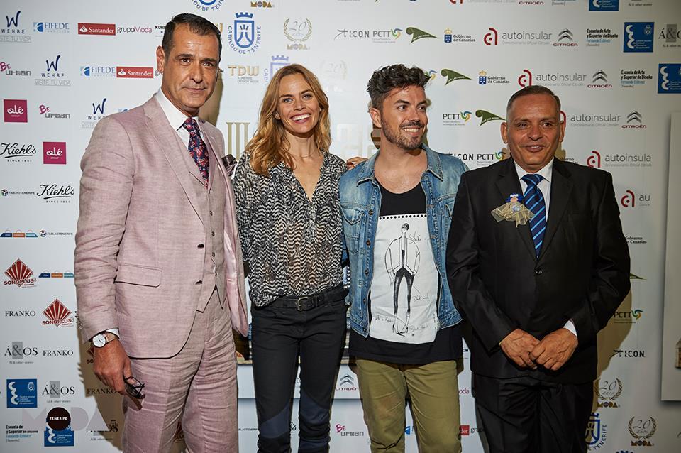 FOTO 4.- Efraín con Verónica Blume, Isaac Tacoronte y Giuseppe