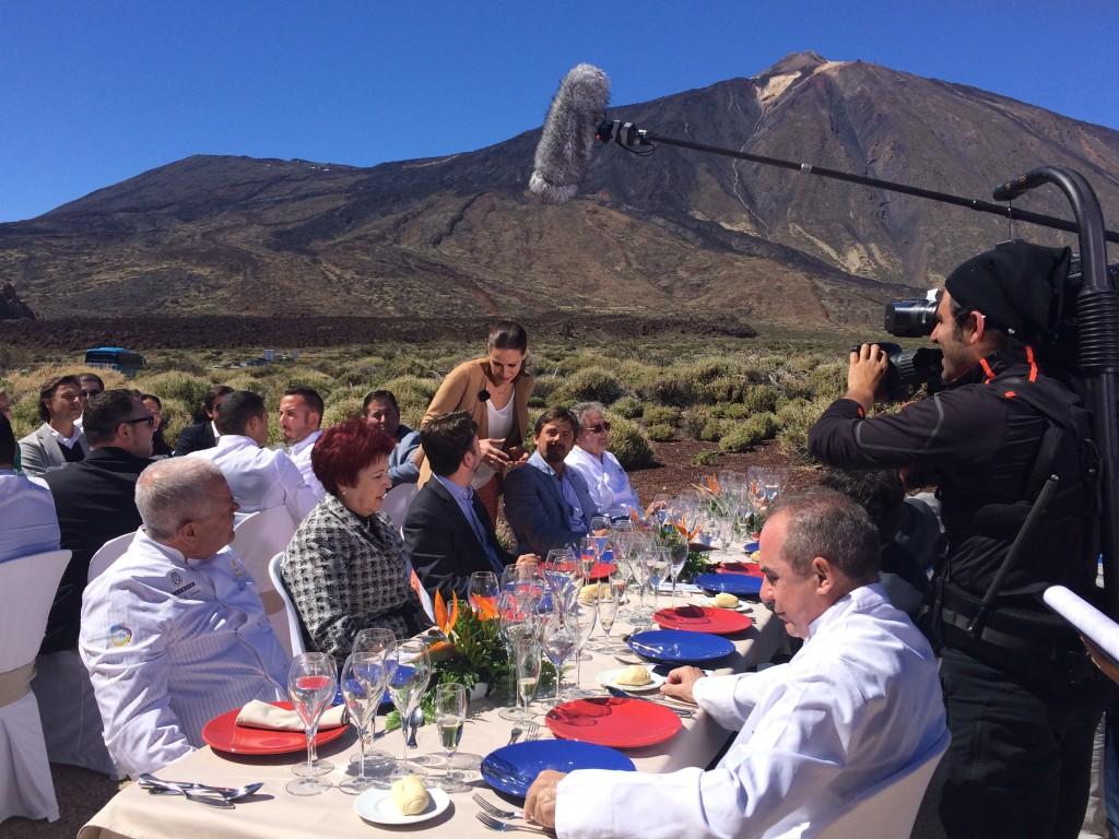 FOTO 1.- ENTREVISTA EN EL TEIDE