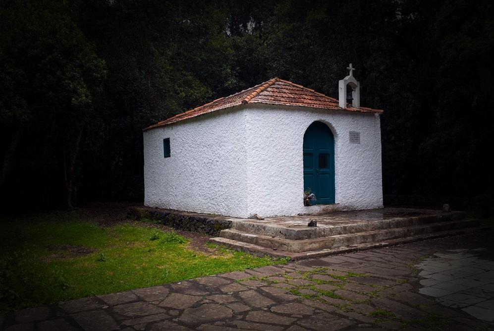 FOTO 4.- Ermita de El Cedro