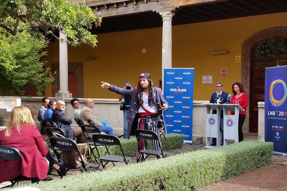 FOTO 2.- Presentación LNB 2015