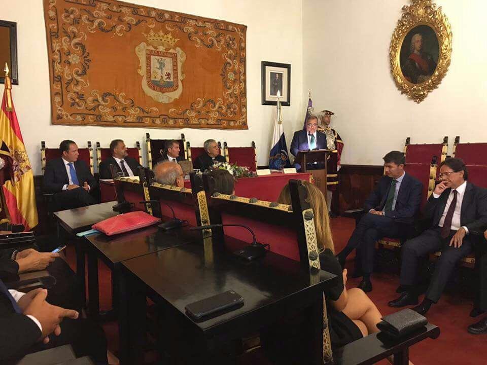 FOTO 1.- LECTURA DEL PREGÓN