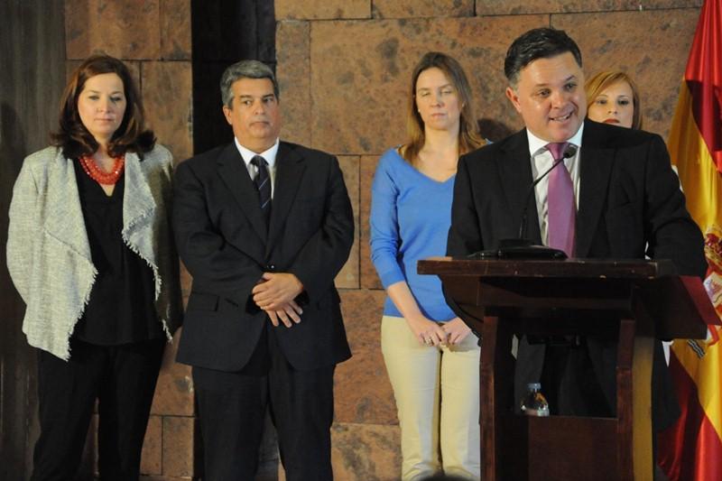 FOTO 2.- TOMA DE POSESIÓN